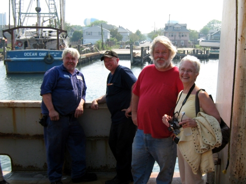 Clam boat